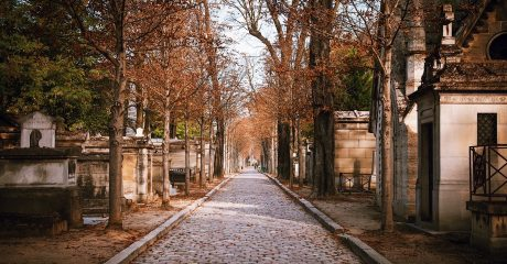Pere Lachaise Cemetery Guided Walking Tour – Private Tour in Russian