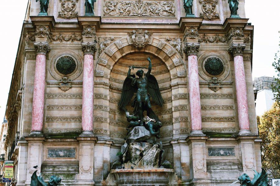 Тур-Париж-Quarter-Guided-Latin